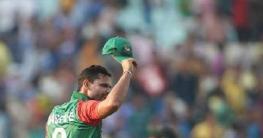 বাংলাদেশ ক্রিকেট থেকে অধিনায়কত্ব ছাড়লেন মাশরাফী