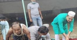 প্রধানমন্ত্রীর নামে গরু কোরবানি দিলেন এলএলবি রানা