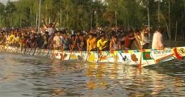 রৌমারীতে মুজিববর্ষ উপলক্ষে নৌকাবাইচ